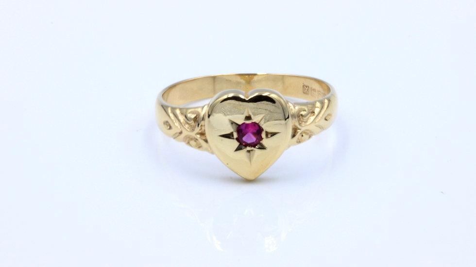 9ct Ruby Heart Ring Birmingham 1897