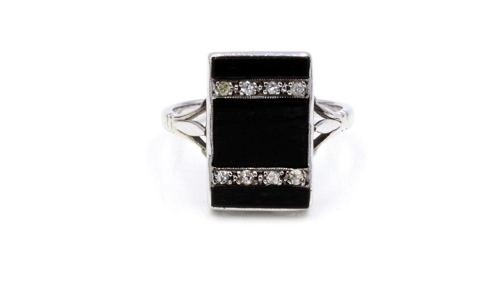Onyx Deco Ring With Diamond Stripes