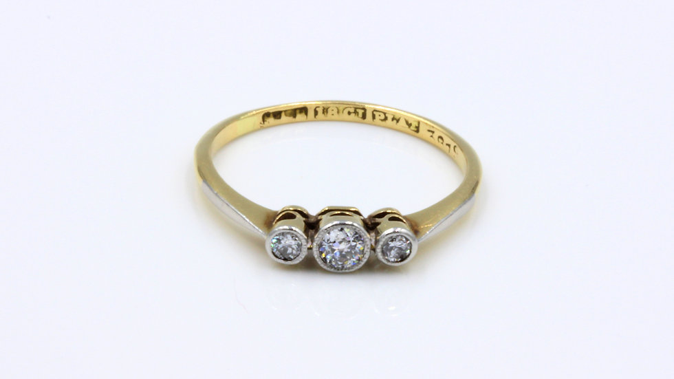 18ct Platinum Diamond Trilogy Ring