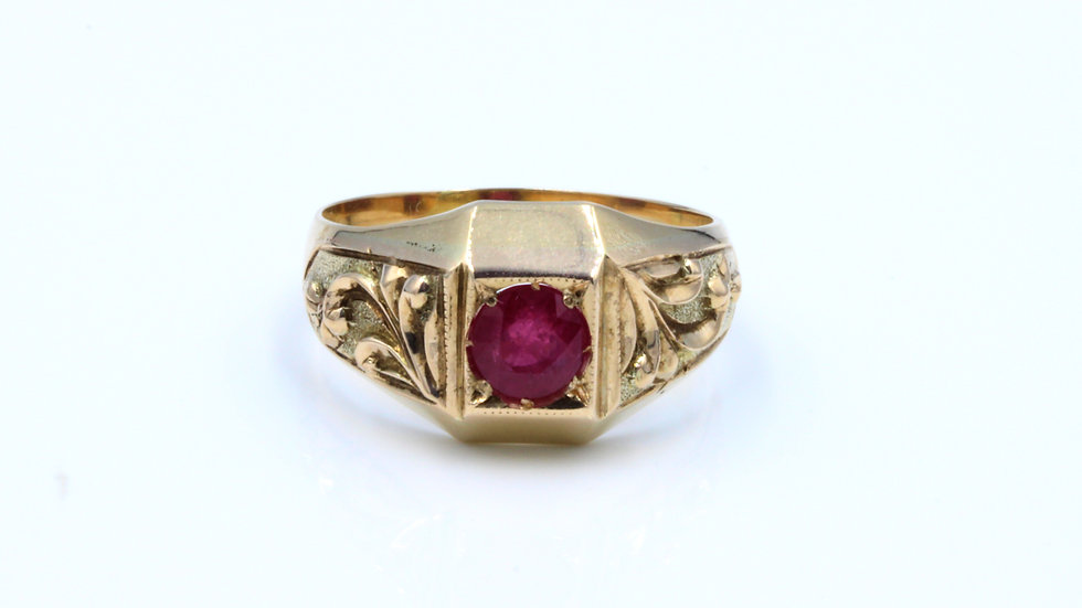Antique 9ct Carved Ruby Signet Ring