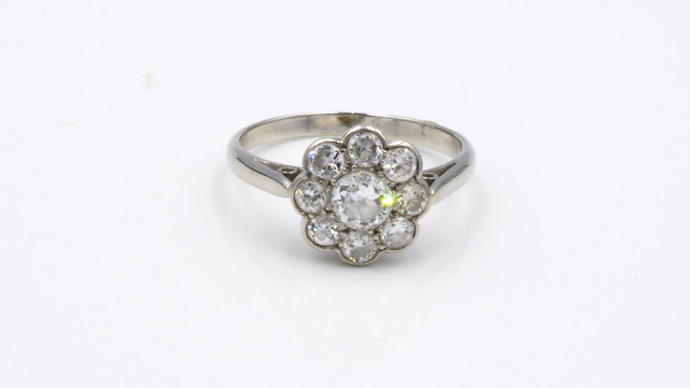 Art Deco 18ct White Gold Diamond Daisy Cluster Ring