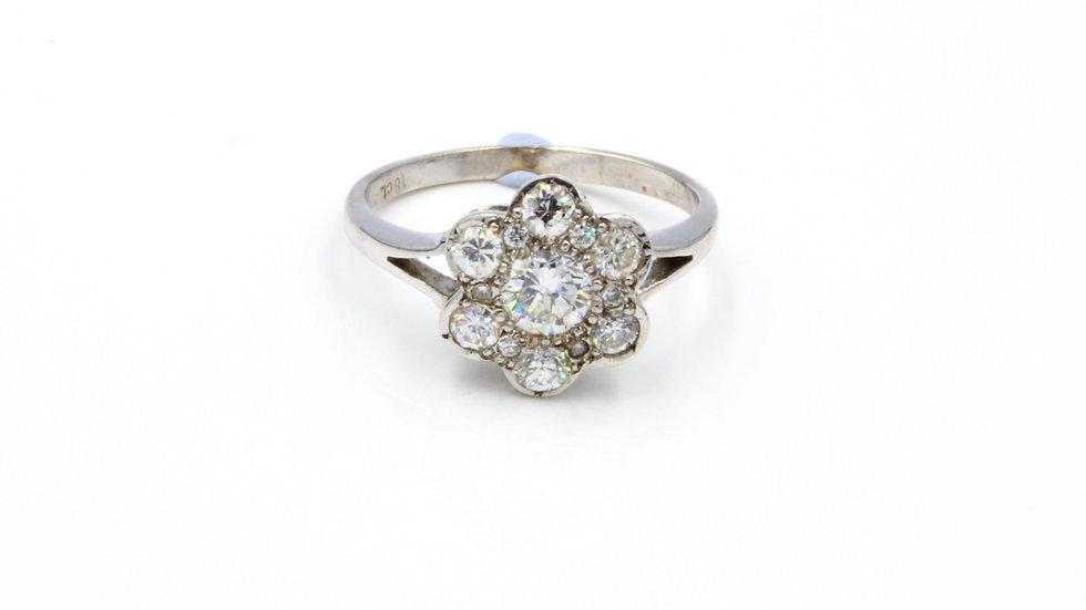 18ct White Gold Vintage Diamond Daisy Ring