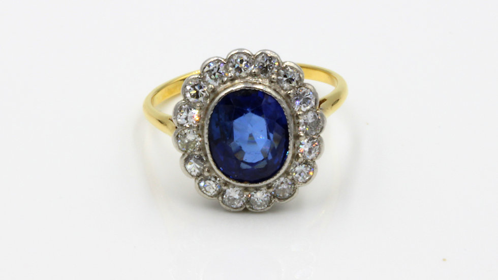 Stunning Antique Sapphire and Diamond Cluster Ring