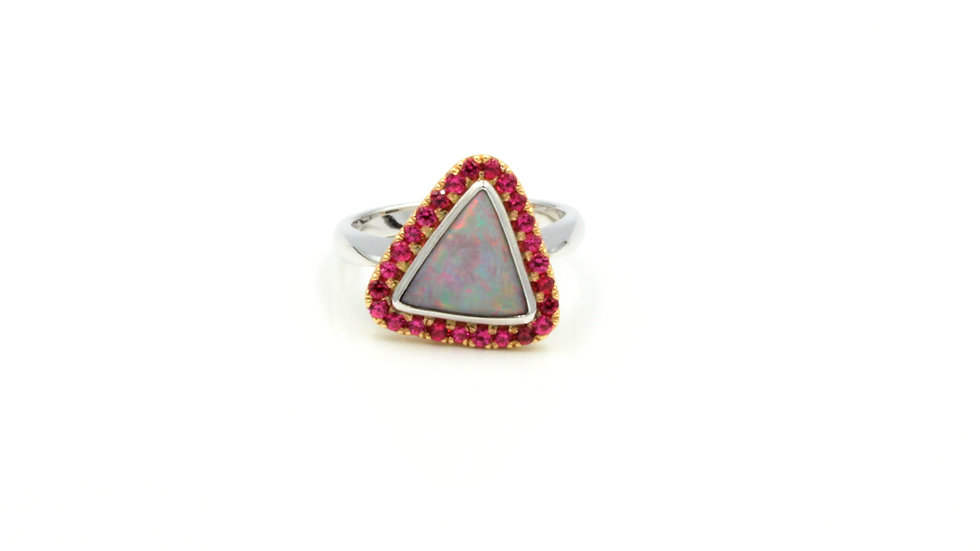Who loves Pink?! 18ct Opal and Pink Spinel Ring