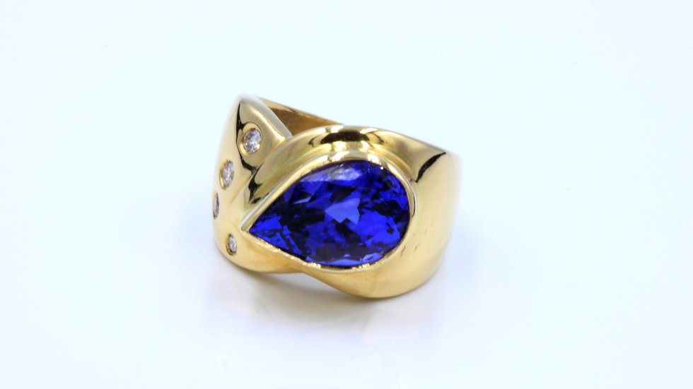 Eye Popping Tanzanite Diamond Cocktail Ring!
