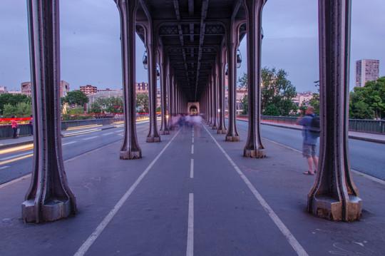 Bir Hakeim bridge (inception bridge)