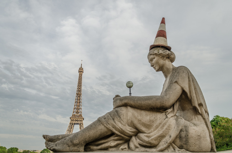 Parisian have a sense of humour