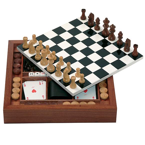 fornasetti_game board_840e_2.png