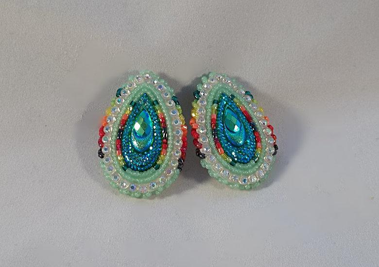 Sea Foam Green Earring-Clip