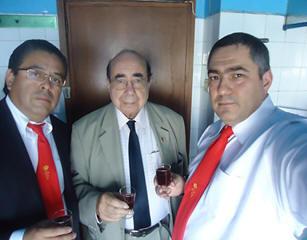 Brindis acompañados por Fr.+ Juan Olvera