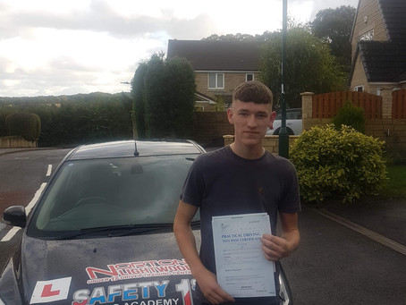 Another 1st time pass with safety 1st driving academy and our driving instructor in Sheffield