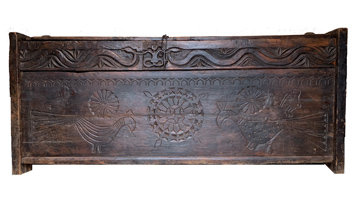 19TH CENTURY EXTRA LARGE HAND CARVED PRIMITIVE TRUNK