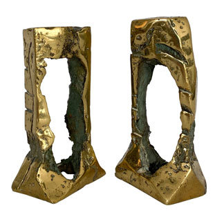20TH CENTURY PAIR OF BRUTALIST CANDLESTICKS BY HUGO RODRIGUEZ