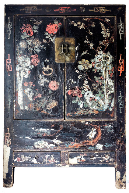Early 20th Century Black Lacquered Cabinet From China