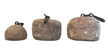 STONE MEASURING WEIGHTS (SET OF 3)