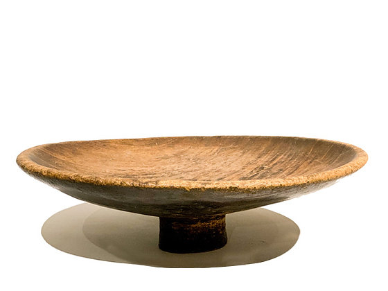 EARLY 20TH CENTURY AFRICAN FOOTED BOWL