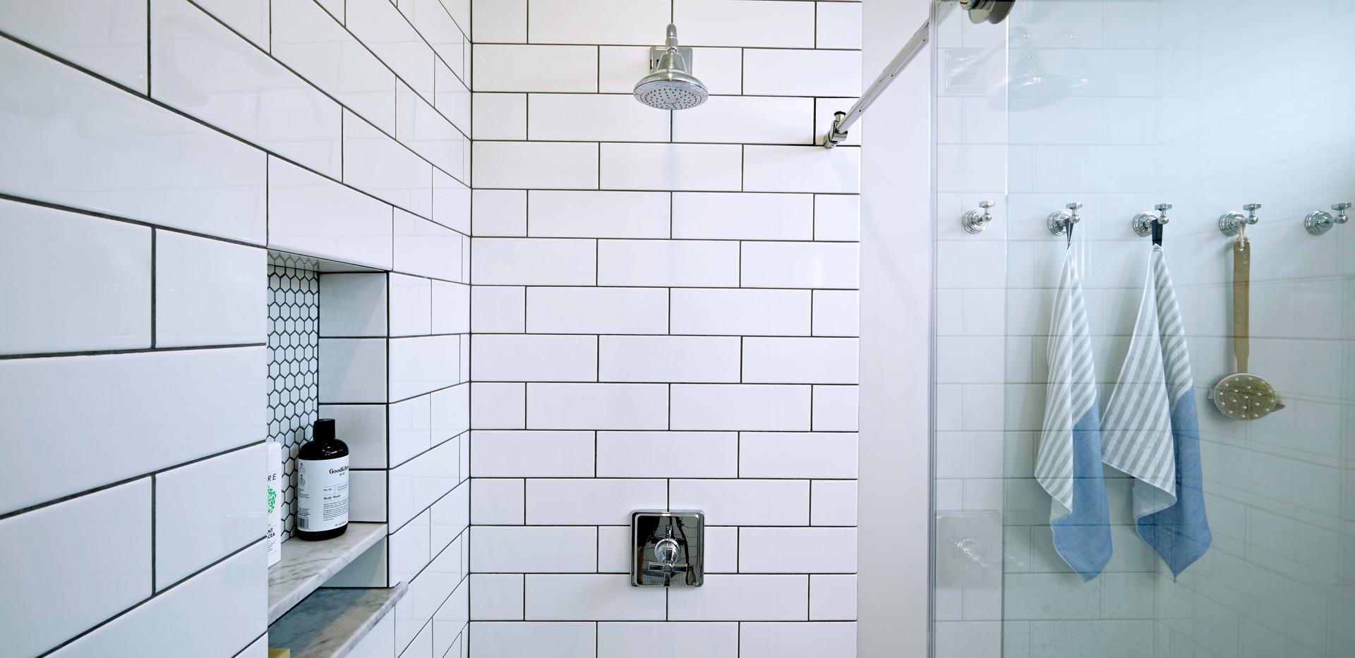 519-House_Bathroom-1.jpg