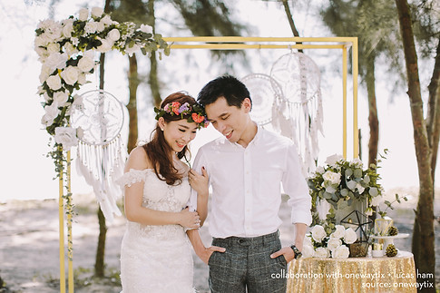 Summer modern boho with a touch of gold for Siang Yi engagement shoot