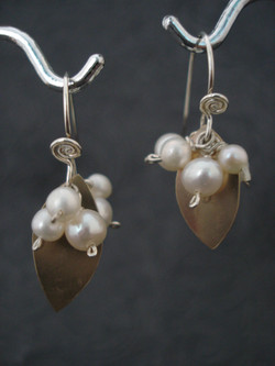 Snowberry Earrings