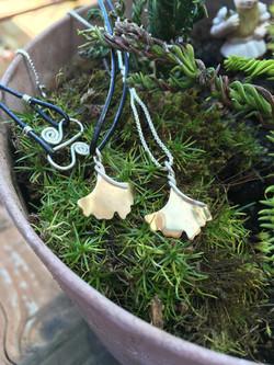 small ginkgo pendant