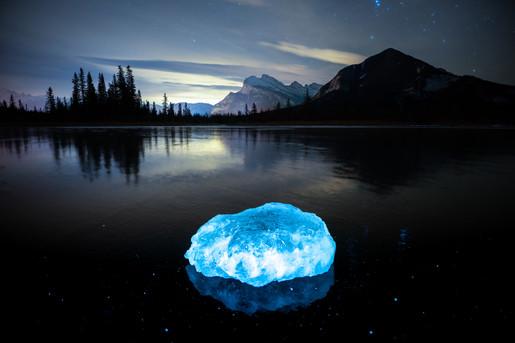 Vermilion Ice Chunk.jpg