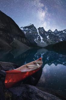 Moraine Canoe reedit 12x18.jpg