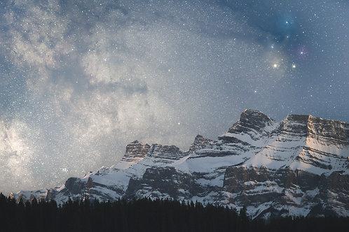 Rho Ophiuchi over Mount Rundle