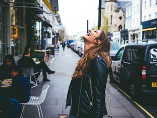 Χαρούμενες Σκέψεις, Χαρούμενη Καρδιά: Τα θετικά συναισθήματα και οι «καλές» συνήθειες για μια Υγιή Κ