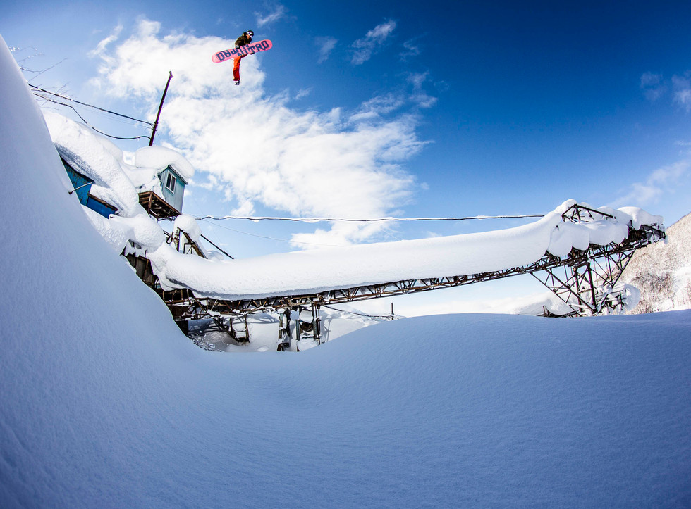 VictorDLR_Niseko_Japan_JeffBrockmeyer_37
