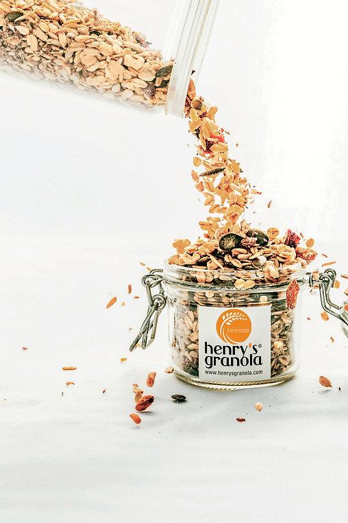 henry_s granola-312-Edit (2).jpg