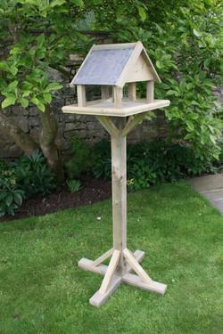 Hutton_Premium_Bird_House_Epsom