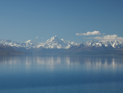 Mount Cook reflected in Lake Pukaki