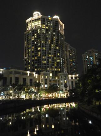Grand Copthorne Hotel, Singapore at night