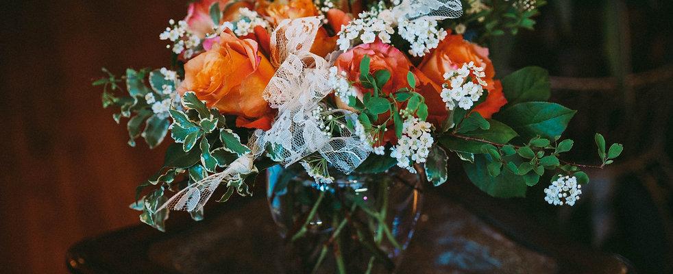 1/2 Dozen Roses (Compact)