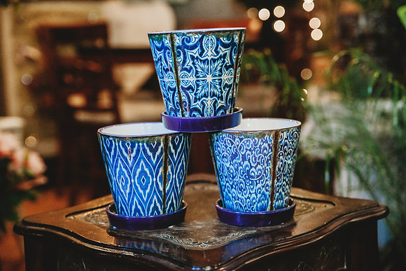 "5"" Blue & White Patterened Pot"