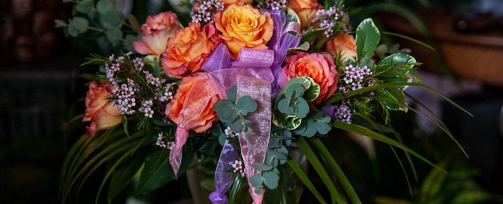 1 Dozen Roses (Compact)