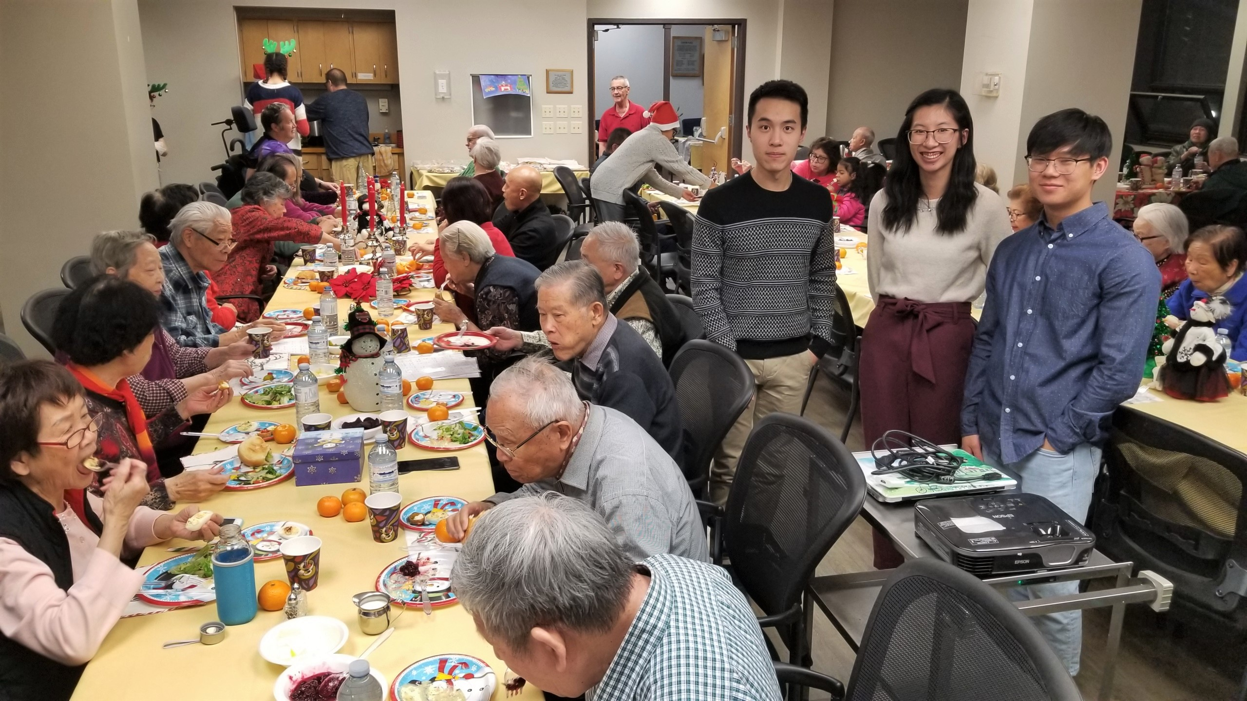 CTSS' Christmas dinner among multi-generations 2019