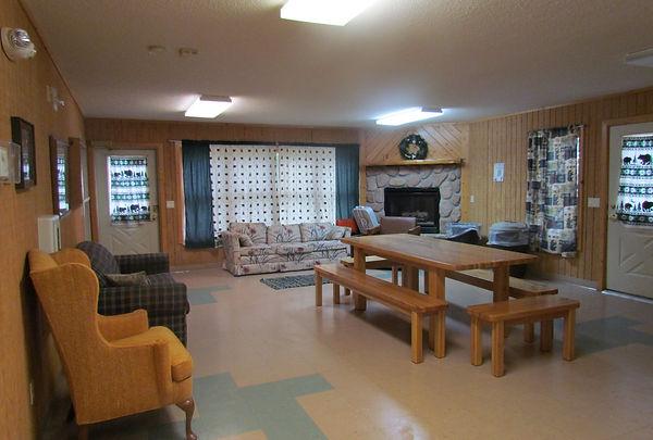 Kitchen & Livingroom 2.JPG