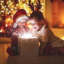 kinder-an-weihnachten.jpg