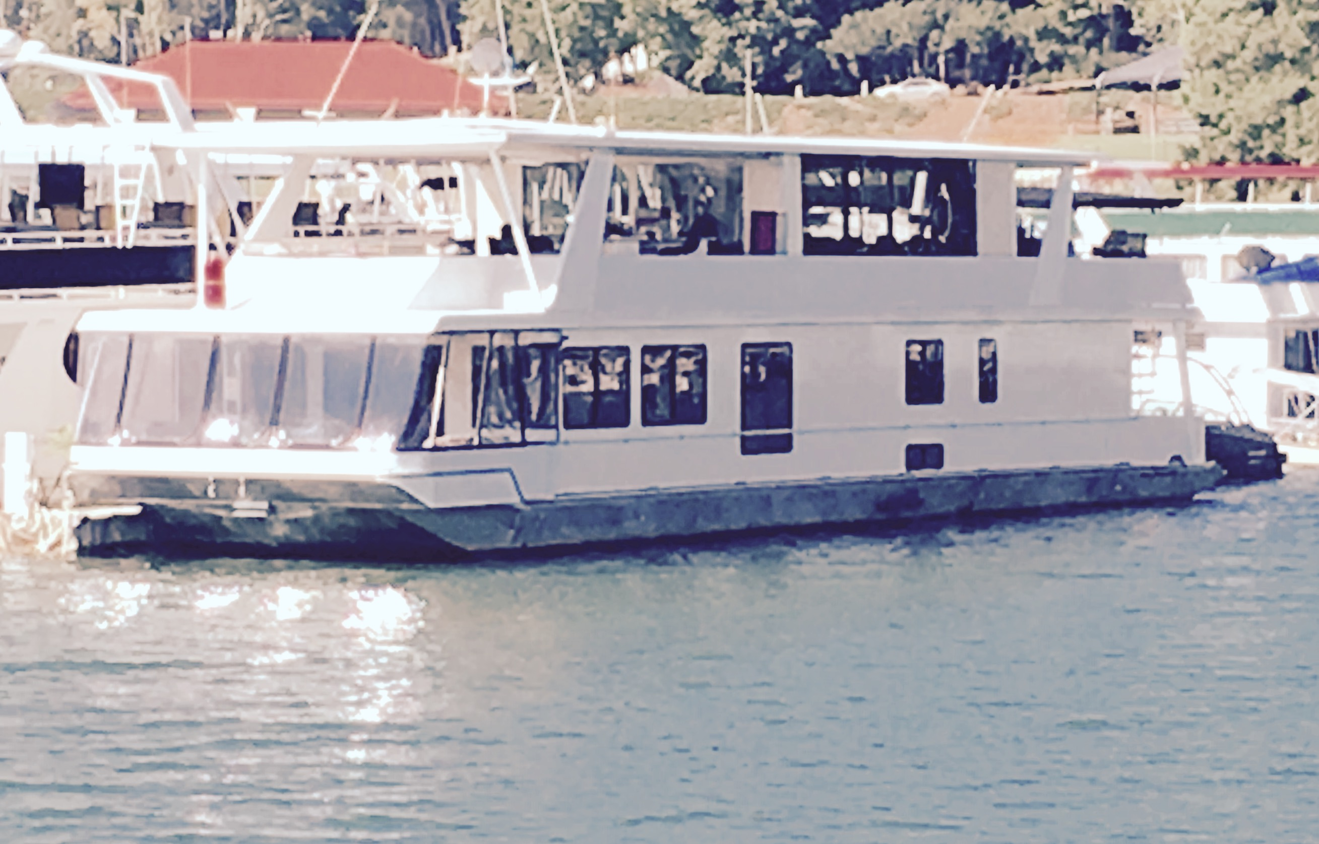 #1 Luxury Houseboats, Party Boats, and Yacht Rentals on ... Lake Lanier Party