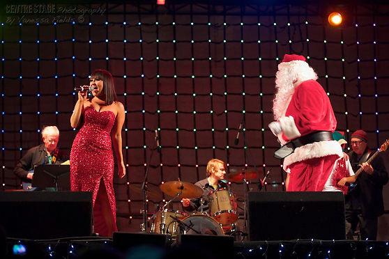 Christmas Carol Singer