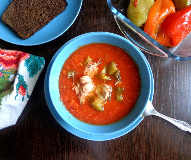 Суп из запеченых перцев с рыбой