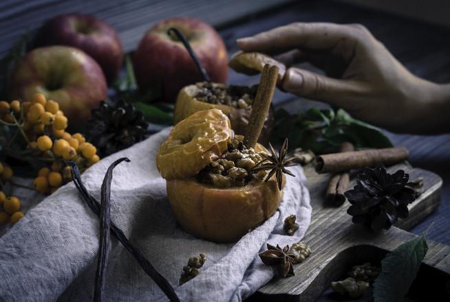 Запеченое яблоко со специями