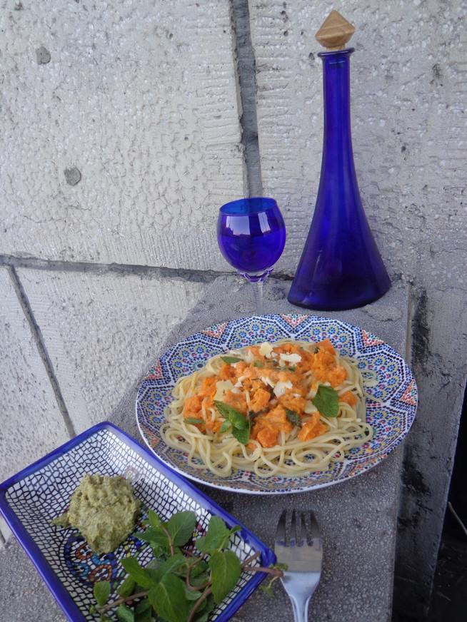 Паста со сырно-тыквенным соусом
