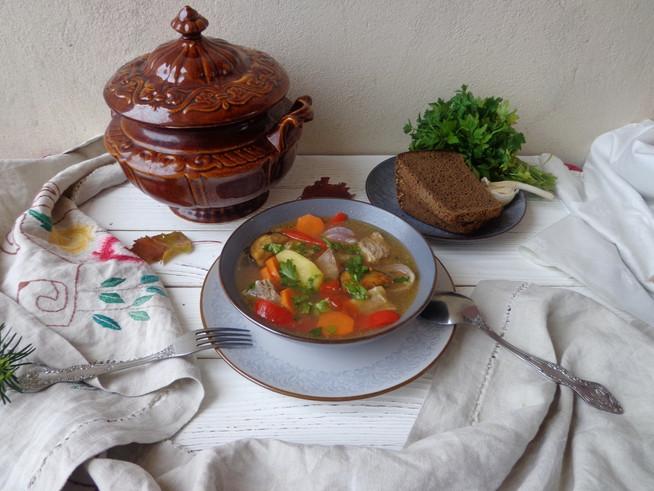 Шурпа из баранины с овощами
