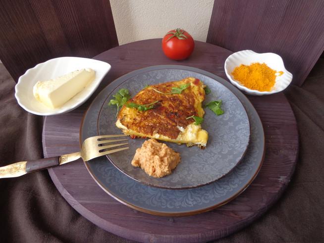 Омлет с овощами и курукумой