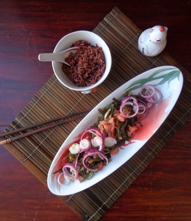 Весенний салат из морской капусты (для поддержки щитовидной железы)