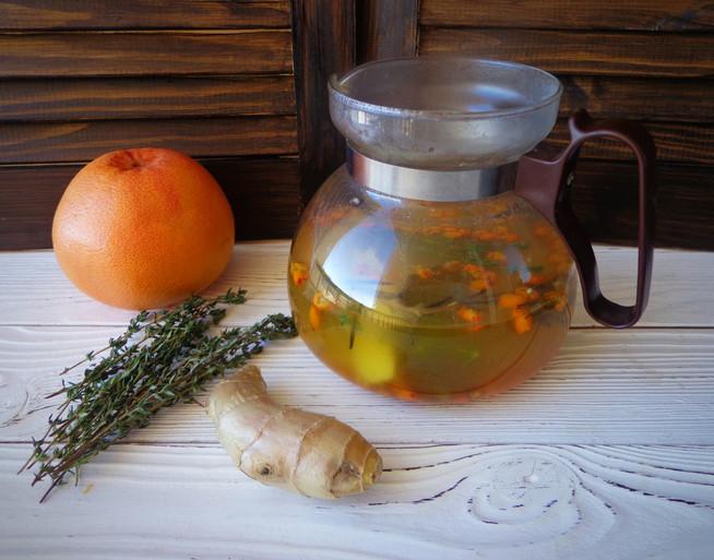 Детокс-чай с имбирем, розмарином, облепихой и грейпфрутом