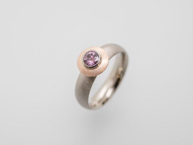 rosa Safir