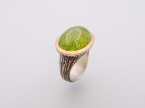 Grossular (grüner Granat)